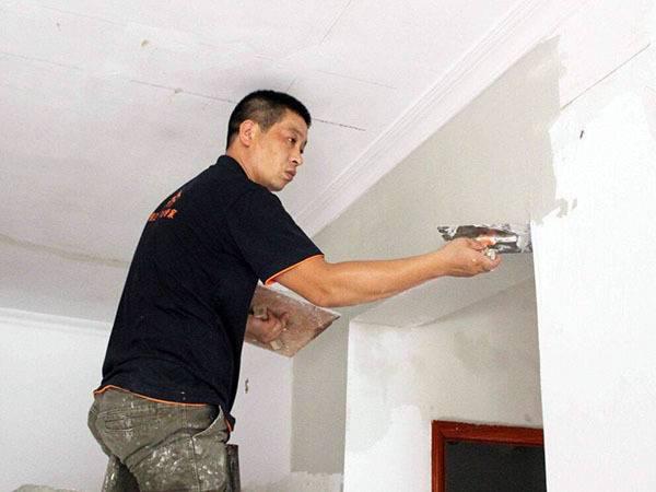 墙面刷漆多少钱一平